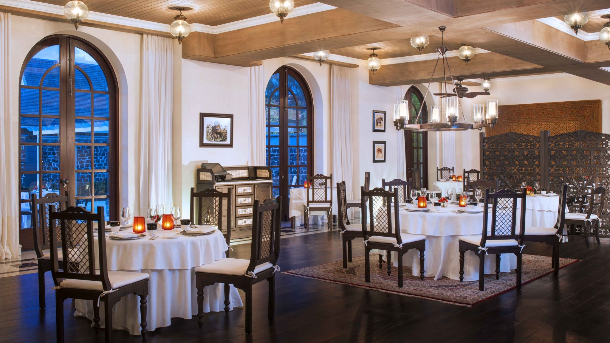 St Regis Mauritius Simply India Dining Room